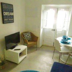 Апартаменты Lisbon Experience Apartments Sao Bento Лиссабон комната для гостей фото 2
