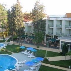 Отель Avliga Beach Болгария, Солнечный берег - отзывы, цены и фото номеров - забронировать отель Avliga Beach онлайн бассейн фото 2