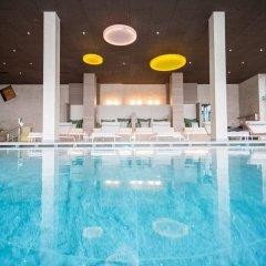Hilburger Hotel Сцена бассейн фото 3
