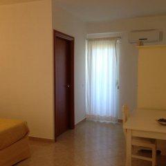 Отель Tenuta Villa Brazzano Скалея сейф в номере