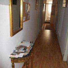 Отель Low Cost Rooms интерьер отеля