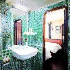 Отель Emeraude Classic Cruises Вьетнам, Халонг - отзывы, цены и фото номеров - забронировать отель Emeraude Classic Cruises онлайн ванная