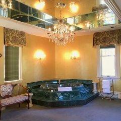 Отель Prior Castle Inn Канада, Виктория - отзывы, цены и фото номеров - забронировать отель Prior Castle Inn онлайн бассейн фото 2