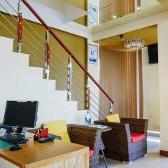 Отель Clear Sky Inn By Wonderland Maldives Мале интерьер отеля фото 2
