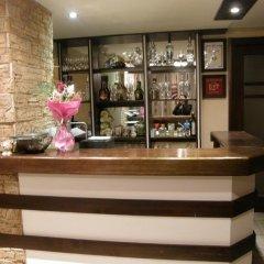 Отель Guest House Raffe Банско гостиничный бар