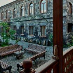 Отель Вилла Карс Армения, Гюмри - отзывы, цены и фото номеров - забронировать отель Вилла Карс онлайн балкон