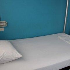 Phuket Backpacker Hostel Пхукет удобства в номере