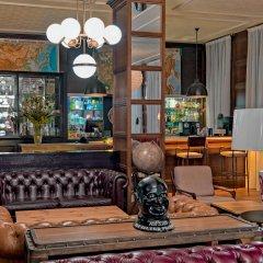 Отель H10 Montcada Boutique Hotel Испания, Барселона - 1 отзыв об отеле, цены и фото номеров - забронировать отель H10 Montcada Boutique Hotel онлайн гостиничный бар