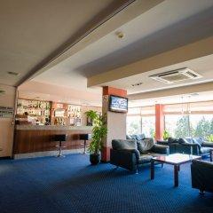 Отель Park Hotel ex. Best Western Park Hotel Болгария, Варна - отзывы, цены и фото номеров - забронировать отель Park Hotel ex. Best Western Park Hotel онлайн гостиничный бар