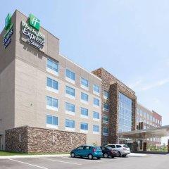 Отель Holiday Inn Express & Suites Indianapolis NE - Noblesville парковка