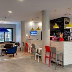 Отель MEININGER Hotel Wien Downtown Franz Австрия, Вена - 5 отзывов об отеле, цены и фото номеров - забронировать отель MEININGER Hotel Wien Downtown Franz онлайн гостиничный бар