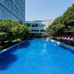 Grand Mercure Shanghai Century Park Hotel бассейн
