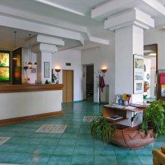 Отель La Bussola Италия, Амальфи - 1 отзыв об отеле, цены и фото номеров - забронировать отель La Bussola онлайн интерьер отеля фото 2