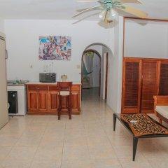 Отель Negril Tree House Resort в номере фото 2