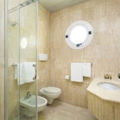Отель Astoria Suite Hotel Италия, Римини - 9 отзывов об отеле, цены и фото номеров - забронировать отель Astoria Suite Hotel онлайн ванная фото 2