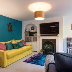 Апартаменты 1 Bedroom Apartment Near Central Brighton комната для гостей фото 2