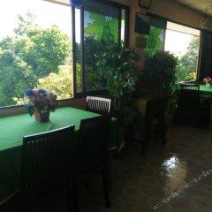 Отель Baan Karon Hill Phuket Resort гостиничный бар