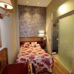 Отель Hostal Hispano - Argentino Испания, Мадрид - 1 отзыв об отеле, цены и фото номеров - забронировать отель Hostal Hispano - Argentino онлайн комната для гостей фото 5
