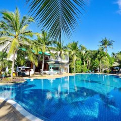 Отель First Bungalow Beach Resort бассейн фото 5