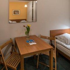 Отель Hill Inn Познань в номере