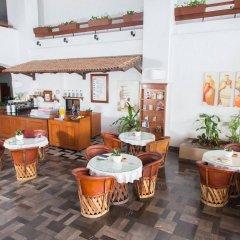 Отель The Palms Resort of Mazatlan интерьер отеля