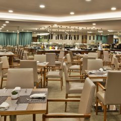 Отель Ramada by Wyndham Lisbon питание