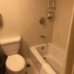 Отель Jianguo Hotel Shanghai Китай, Шанхай - отзывы, цены и фото номеров - забронировать отель Jianguo Hotel Shanghai онлайн ванная фото 2