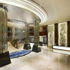 Отель InterContinental Kuala Lumpur Малайзия, Куала-Лумпур - 1 отзыв об отеле, цены и фото номеров - забронировать отель InterContinental Kuala Lumpur онлайн интерьер отеля фото 3