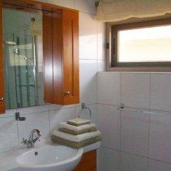 Отель Elmina Bay Resort ванная фото 2