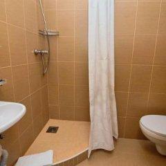 Гостиница Love Panorama Monica Украина, Тернополь - отзывы, цены и фото номеров - забронировать гостиницу Love Panorama Monica онлайн ванная