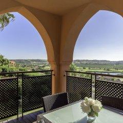 Апартаменты Amendoeira Golf Resort - Apartments and villas балкон фото 2