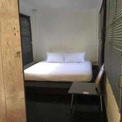 Отель Hidden Sleep Lodge Таиланд, Бангкок - отзывы, цены и фото номеров - забронировать отель Hidden Sleep Lodge онлайн комната для гостей фото 5