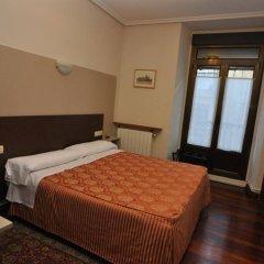 Отель Pensión Alameda Испания, Сан-Себастьян - отзывы, цены и фото номеров - забронировать отель Pensión Alameda онлайн комната для гостей
