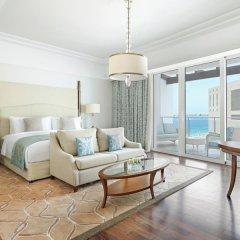Отель Waldorf Astoria Dubai Palm Jumeirah 5* Улучшенный номер с различными типами кроватей