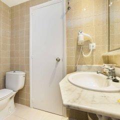 Hotel Globales Binimar ванная фото 2