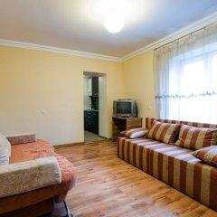 Апартаменты Economy Apartment Doroshenka 48 Львов комната для гостей фото 3