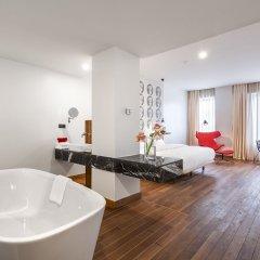 Отель Shota@Rustaveli Boutique hotel Грузия, Тбилиси - 5 отзывов об отеле, цены и фото номеров - забронировать отель Shota@Rustaveli Boutique hotel онлайн ванная фото 2
