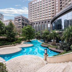 Отель Crowne Plaza Chengdu West бассейн