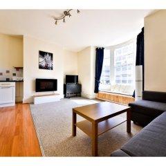 Отель Quiet Flat for 4 With Sea View in Central Brighton комната для гостей