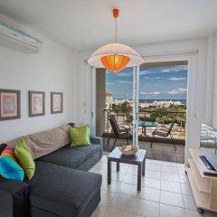 Отель Palm Village Villas Кипр, Протарас - отзывы, цены и фото номеров - забронировать отель Palm Village Villas онлайн комната для гостей фото 4