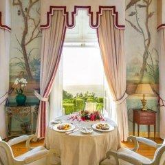 Отель Tivoli Palácio de Seteais в номере