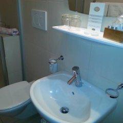 Hotel Schonbrunn Меран ванная