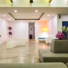 Отель Nai Yang Beach Resort & Spa интерьер отеля