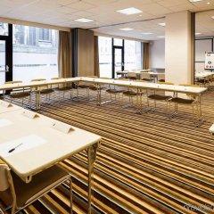 Отель ibis Brussels City Centre Бельгия, Брюссель - 2 отзыва об отеле, цены и фото номеров - забронировать отель ibis Brussels City Centre онлайн помещение для мероприятий фото 2