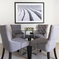 Отель Posh 2BR Westminster Suites by Sonder Великобритания, Лондон - отзывы, цены и фото номеров - забронировать отель Posh 2BR Westminster Suites by Sonder онлайн балкон