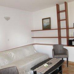 Апартаменты Apartments Villa Pržno Пржно сейф в номере
