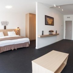 Hotel Jala Льеж комната для гостей