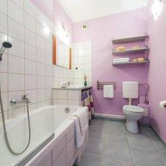 Отель P&O Apartments Stara Польша, Варшава - отзывы, цены и фото номеров - забронировать отель P&O Apartments Stara онлайн ванная