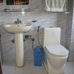 Отель Kumari Inn Непал, Катманду - отзывы, цены и фото номеров - забронировать отель Kumari Inn онлайн ванная фото 2
