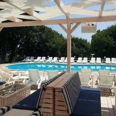 Отель Zarya Болгария, Генерал-Кантраджиево - отзывы, цены и фото номеров - забронировать отель Zarya онлайн бассейн фото 2